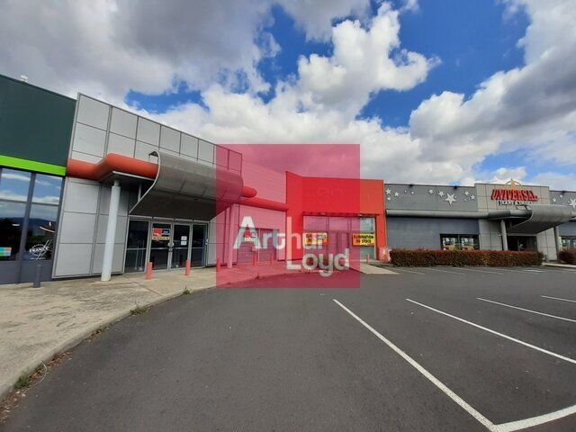 CLERMONT-FERRAND A LOUER LOCAL COMMERCIAL 650 m²