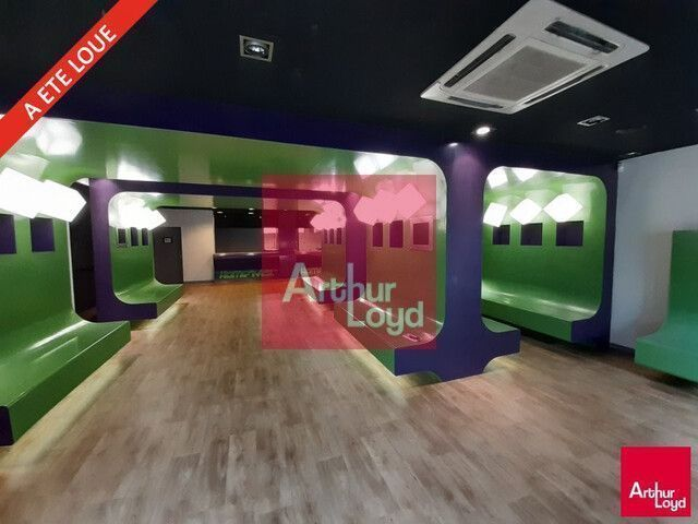 ARTHUR LOYD LOCAL COMMERCIAL A LOUER 330 M² CLERMONT-FERRAND